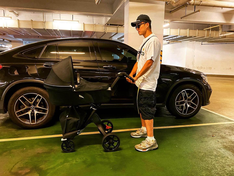 山聰表示新車(BB車)落地,當然要帶囝囝去試車。