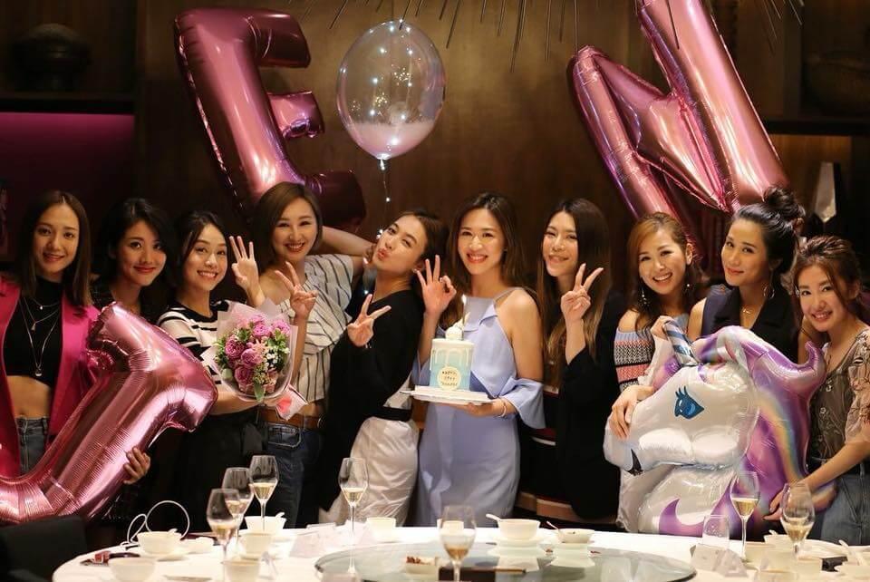 岑杏賢慶幸圈中有一班好姊妹,大家更不定時聚會慶祝。