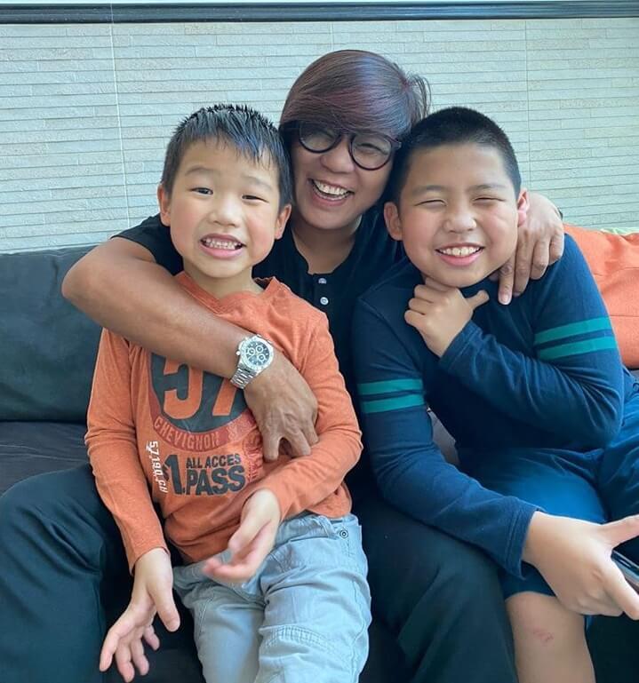 李麗霞最疼愛兩個孫仔,大孫今年十一歲,細孫七歲。