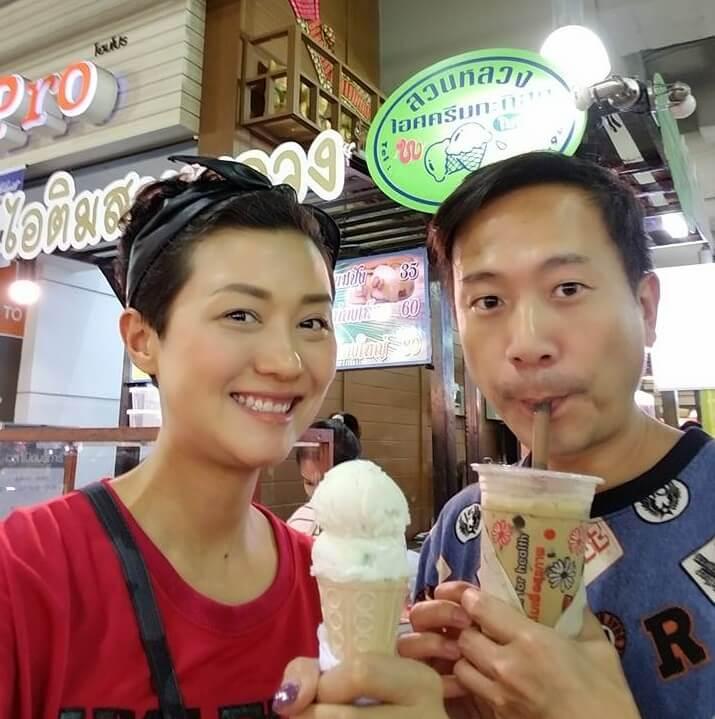 羅敏莊與陳國邦到泰國享受悠閒生活