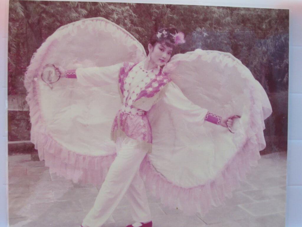 王綺琴第一份工是在宋城做中國舞舞蹈員