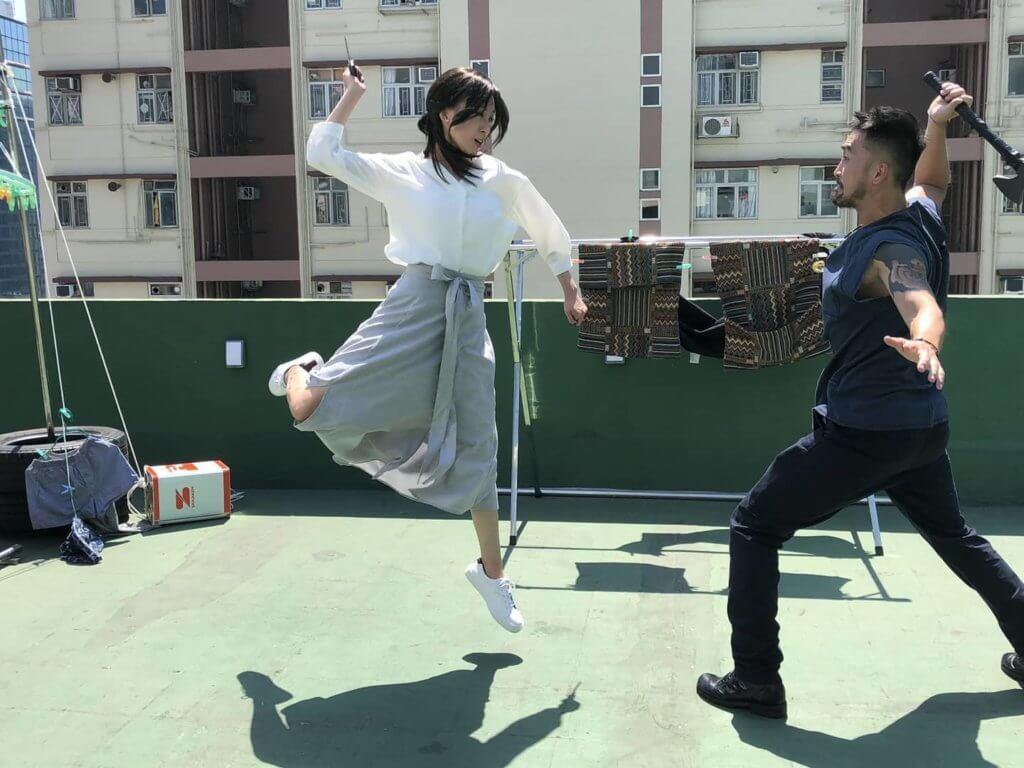 劇集《殺手》這場天台戲,陳國峰與龔嘉欣有不少動作戲。