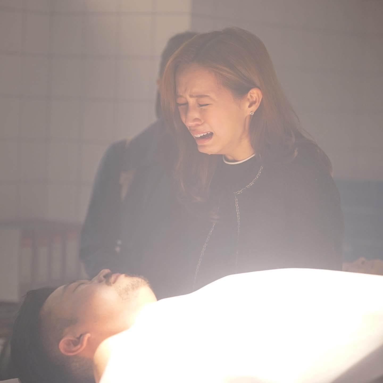 劇中爸爸離世一幕,她表示演的時候估不到情緒可以去到很盡,拍畢後連工作人員都大讚。