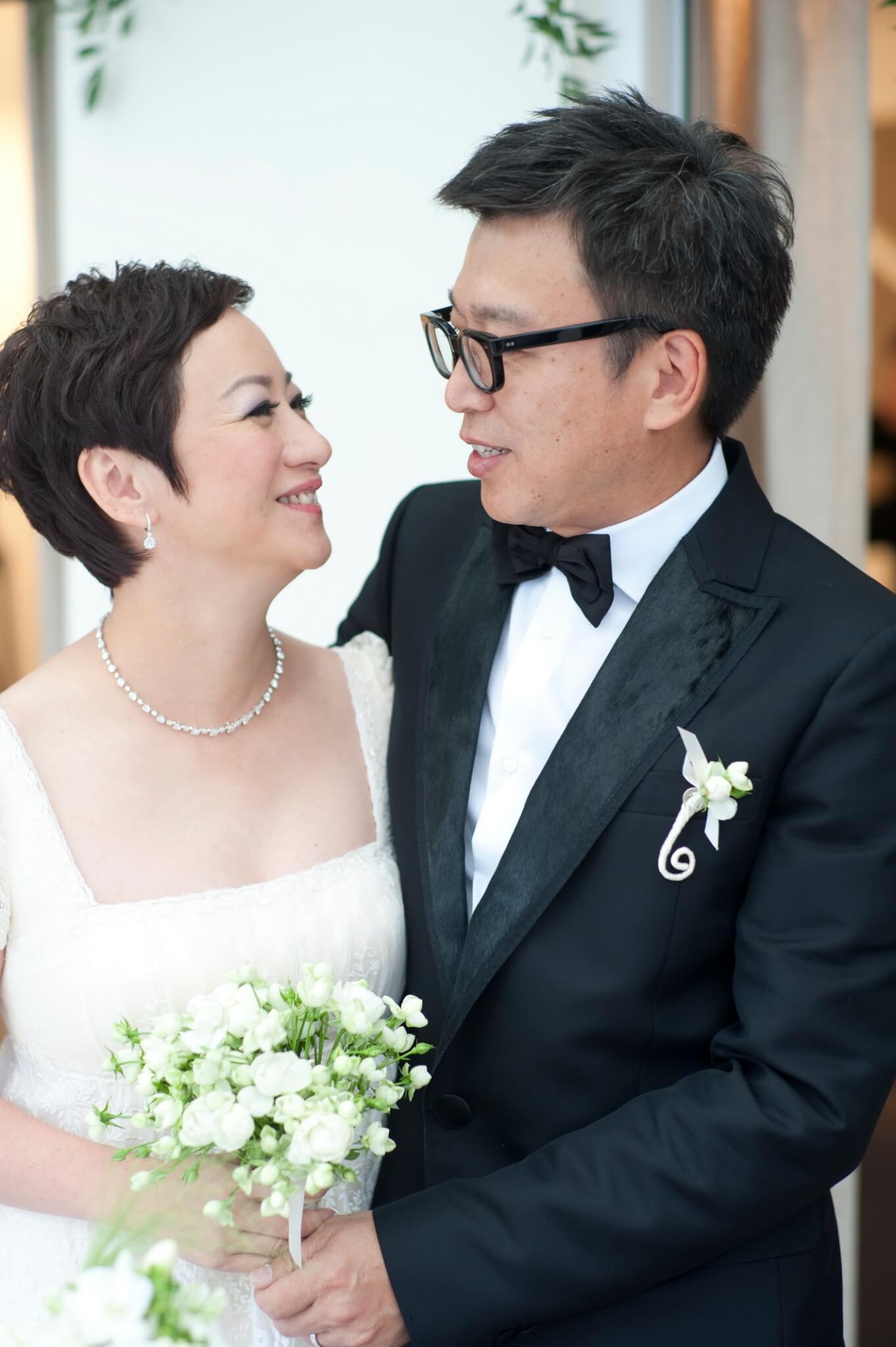 謝寧與拍拖3年的無綫攝影部主管王德偉於2010年11月5日結婚,婚禮在他們的住所舉行。