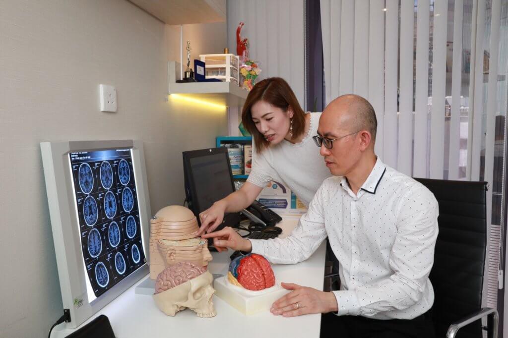 腦部構造複雜,人的記憶和認知會隨年紀漸漸退化。