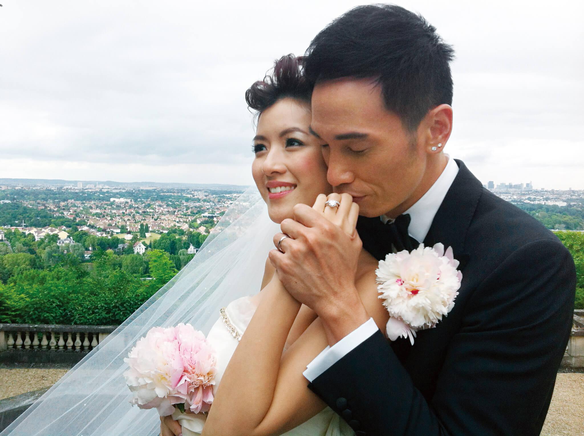 陳茵媺於2010年與陳豪在拍攝《心戰》時相戀,兩人拍拖2年,2013年6月11日在巴黎結婚,7月在多倫多擺酒。
