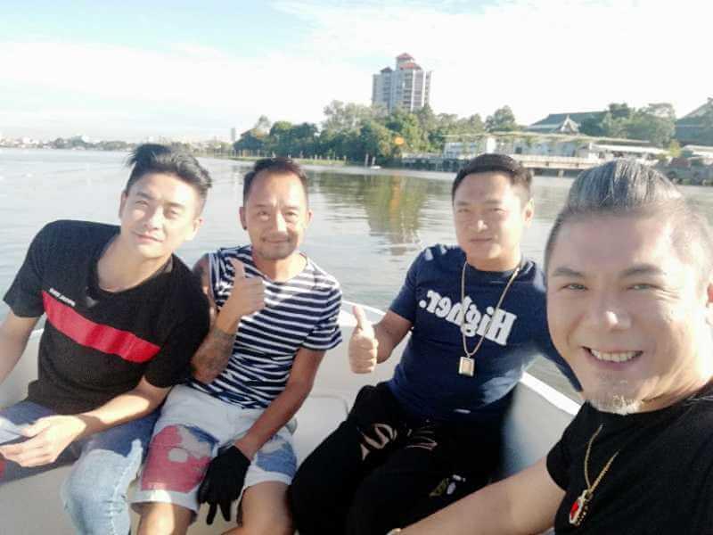 彭皓鋒、黃宗澤及廖啟智為劇集《戰毒》到泰國拍外景,合作愉快。