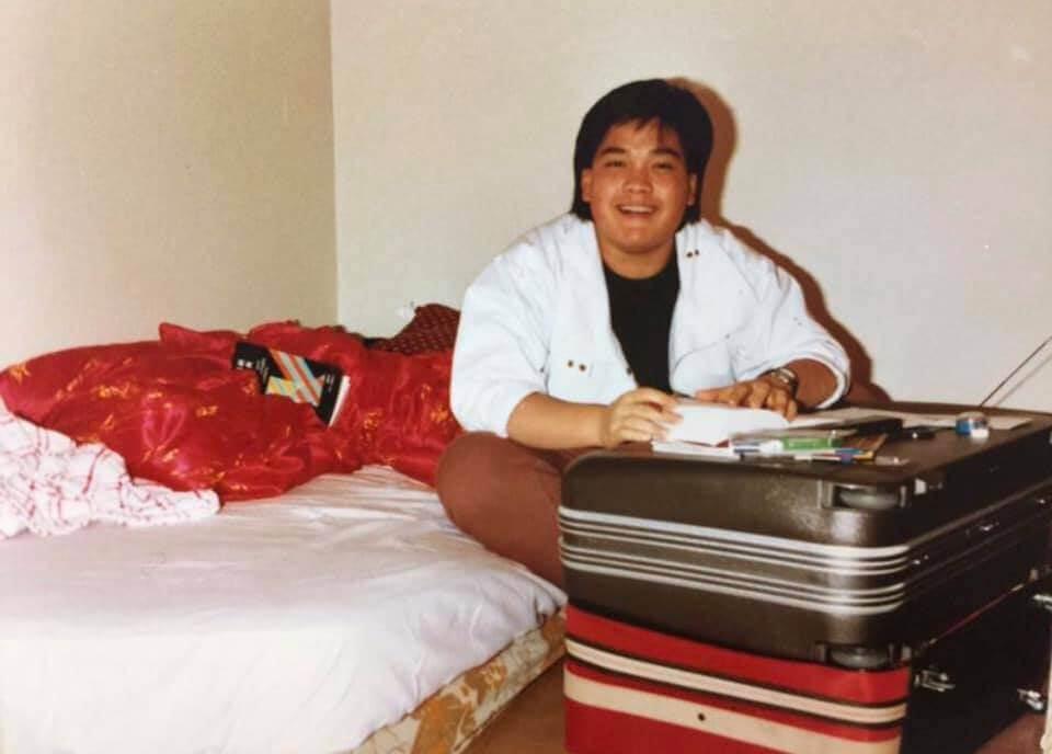 求學時期的鄭啟泰曾經是肥仔一名,體重高達二百四十磅。