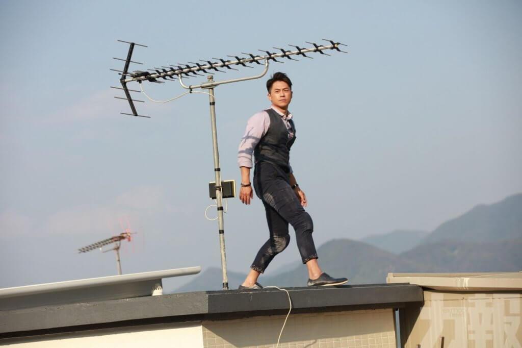 森美主演的超級英雄劇《過街英雄》未播出就有新聞,第一周又傳出更多話題。
