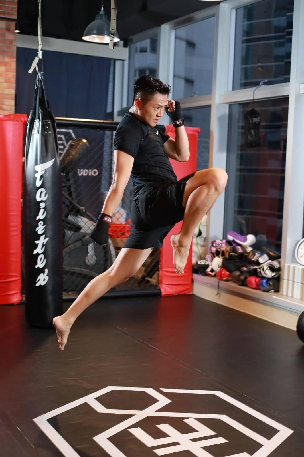 張振朗為了在新劇飾演拳手,早前積極學打拳,愈打愈愛上。