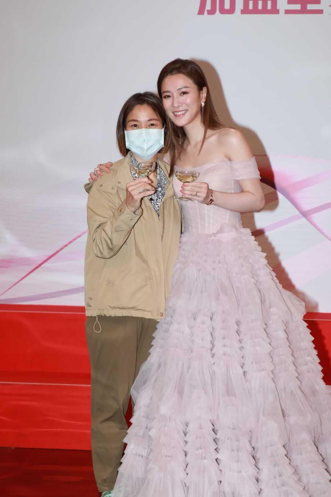 王敏奕與媽媽