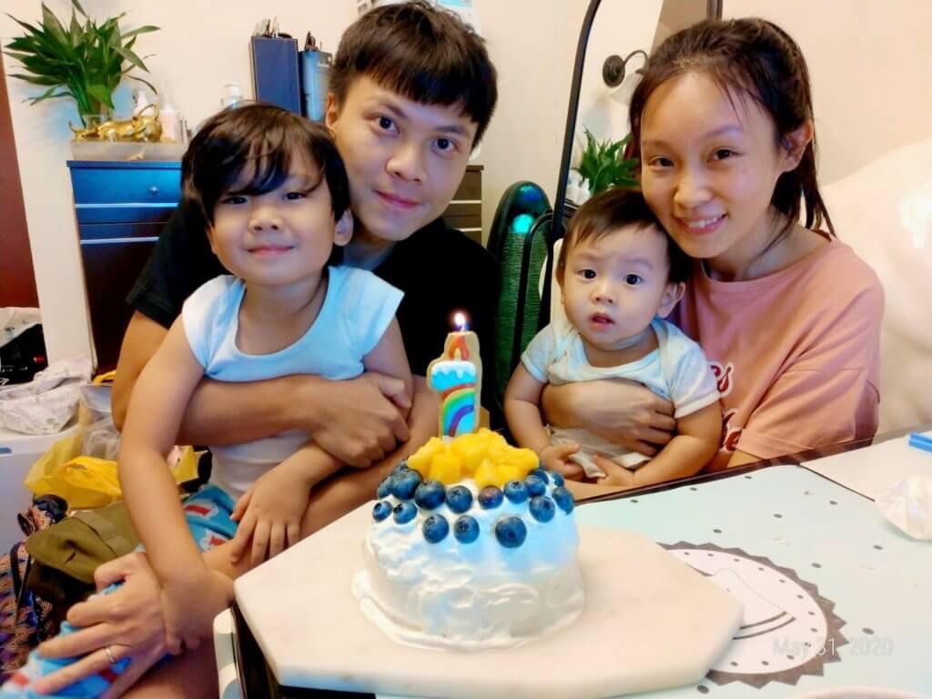 莫家淦與太太育有兩子,長子朗翹及幼子皓賢,朗翹更曾在劇集《BB來了》客串演出。
