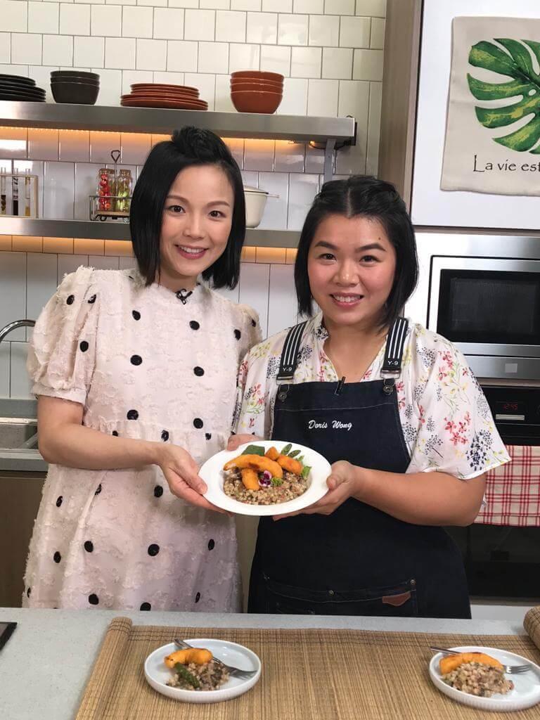 李麗珊主持香港開電視節目《30分鐘大放餸》,廚師們都有傳授很多坐月餐單給她。