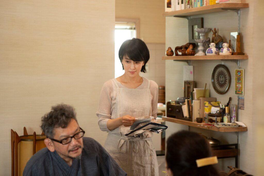 松隆子在《最後的情書》演出恰到好處,飾演漫畫家丈夫的庵野秀明亦爆笑搶鏡。