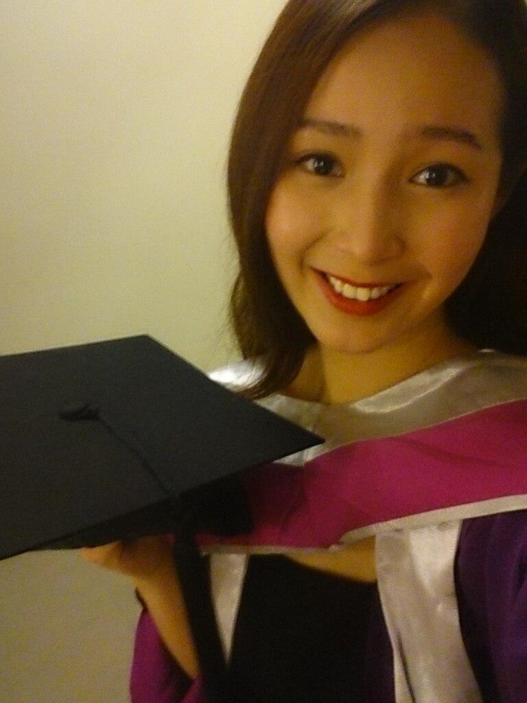 演藝學院畢業後,嘉儀加入了無綫藝訓班。