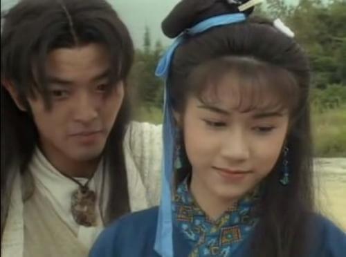 彭家麗曾拍劇,與鄭伊健在古裝劇《金蛇郎君》中有感情戲。