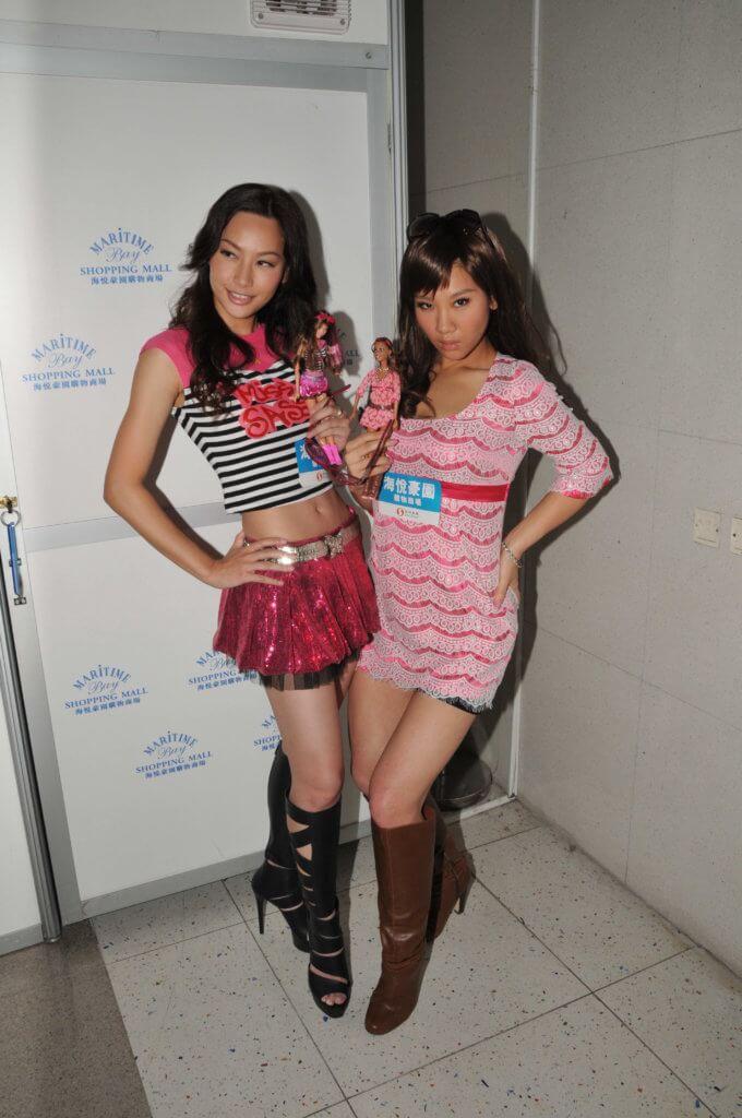 鄭欣宜曾努力減肥,在賀歲片《我愛HK》與徐子珊演孖生姊妹。
