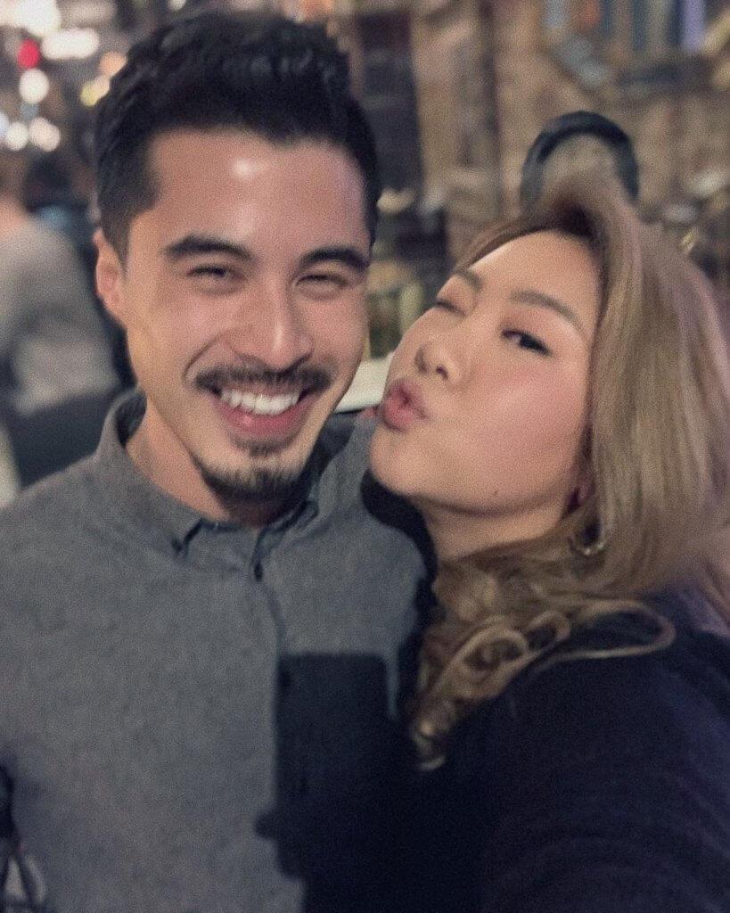 欣宜沒有透露誰是她在手機app結識的前度男友,但可以找到她與這位男士的合照。