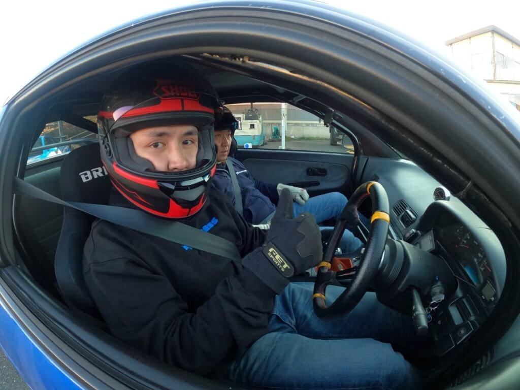 李泳豪飄移技術精湛,還會為無綫劇集拍攝賽車甩尾場面。