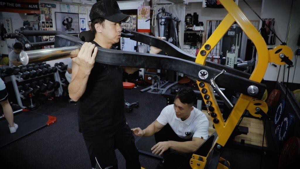 林子博在拍攝期間要改變飲食習慣,亦有教練督促他做運動,他坦言首兩星期是感到非常辛苦。