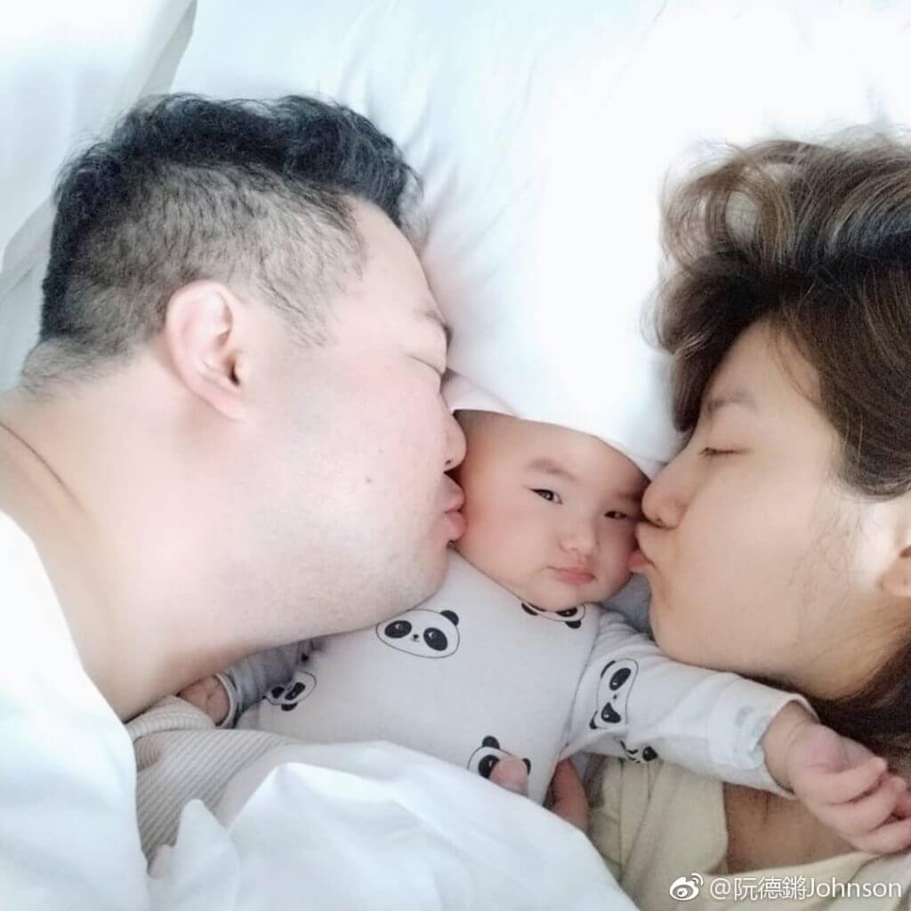 阮德鏘和林司敏兩年前誕下女兒「灰鼠B」