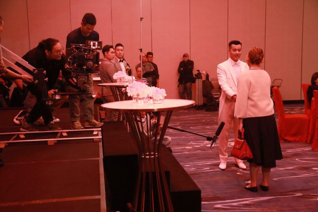 王菀之與梁漢文在戲中達談婚論嫁,惜最終被好友蔡潔搶走男友。