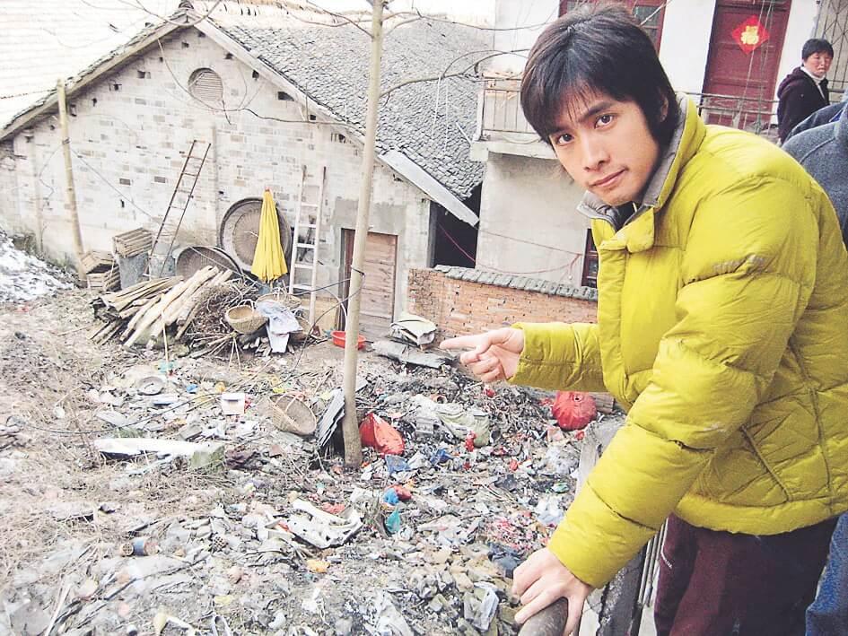 李日朗到內地雪災和地震地區賑災,悟出人生方向。