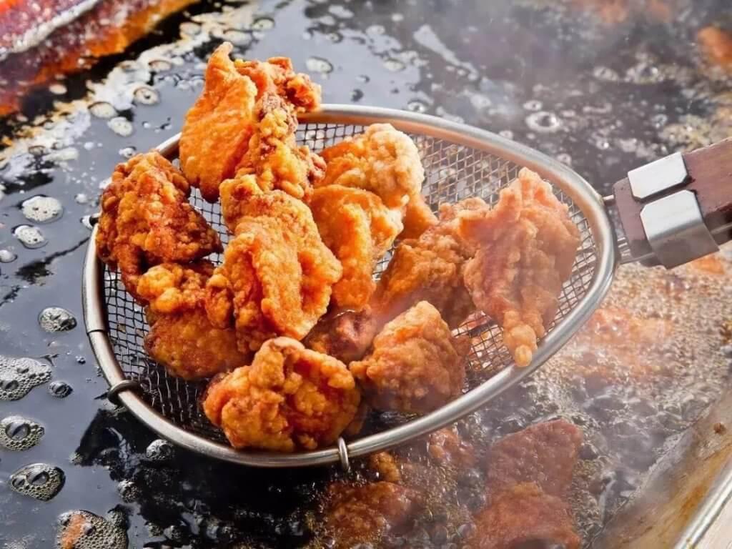 炸雞雖然美味,腸胃敏感人士卻要適可而止。
