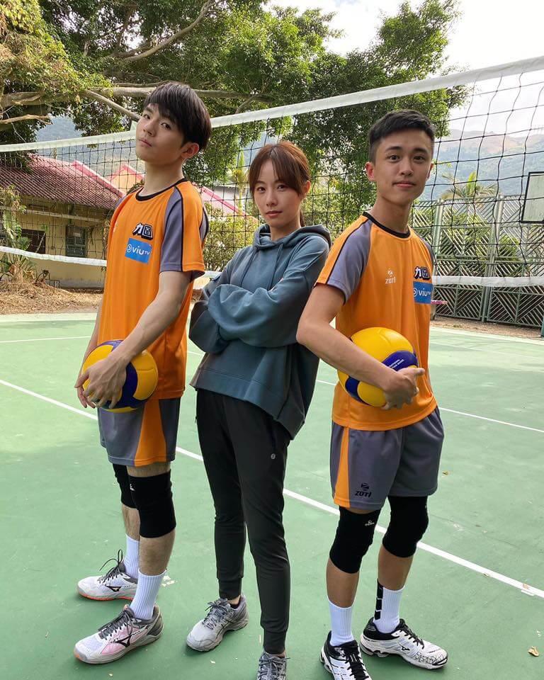 曾是港隊排球員的陳卓賢(Ian),在新劇《男排女將》與鄧麗欣、顧定軒大曬球技。