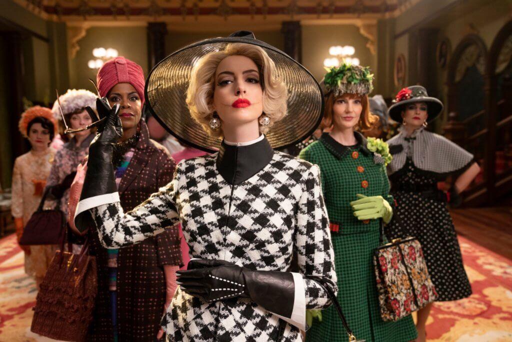 安妮夏菲維在《怪誕黑巫后》飾演大反派高階女巫,表現突出,但造型設計引起殘障人士爭議。