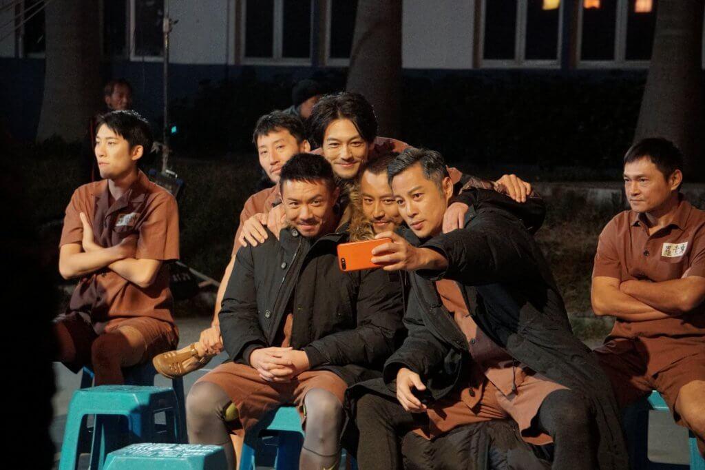 與張繼聰、張建聲和譚耀文合作,一班男演員有不少火花。