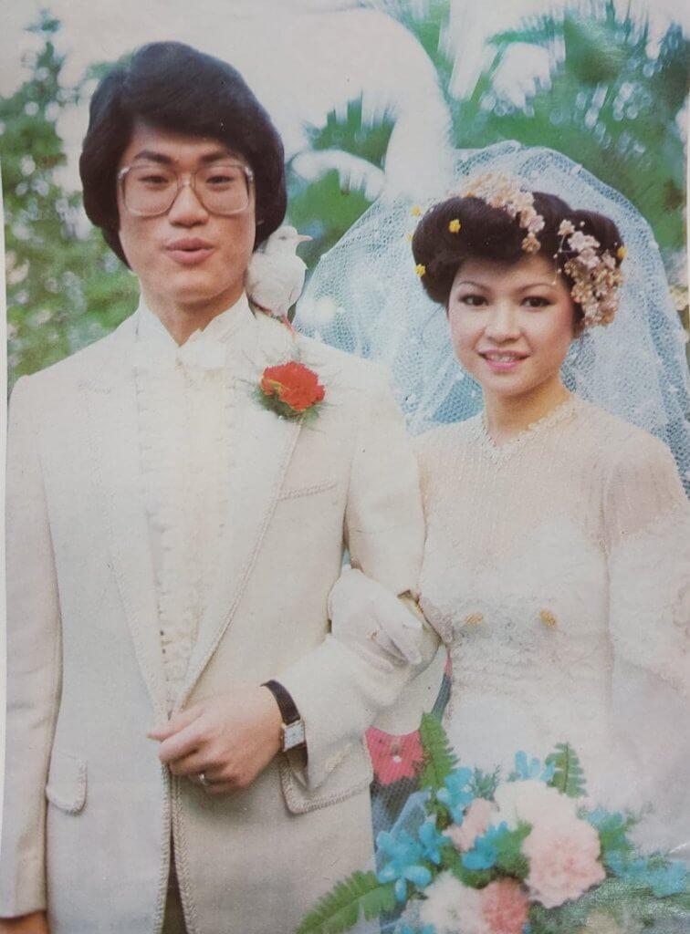 鄧英敏與太太Winnie在1980年結婚,今年四十周年。