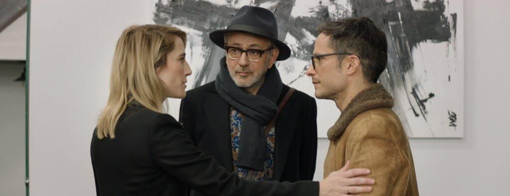 墨西哥著名演員艾爾加西亞般奴(右)客串演自己,帶蘇里曼見美國電影公司要員。