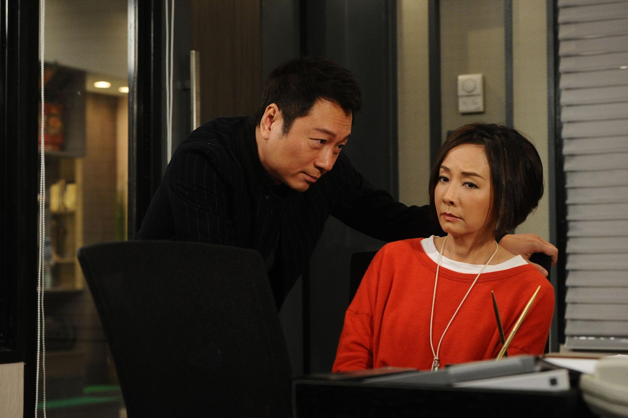 黎耀祥與毛舜筠在《愛.回家之八時入席》的「世紀之吻」,是其演戲生涯裏最深刻的。