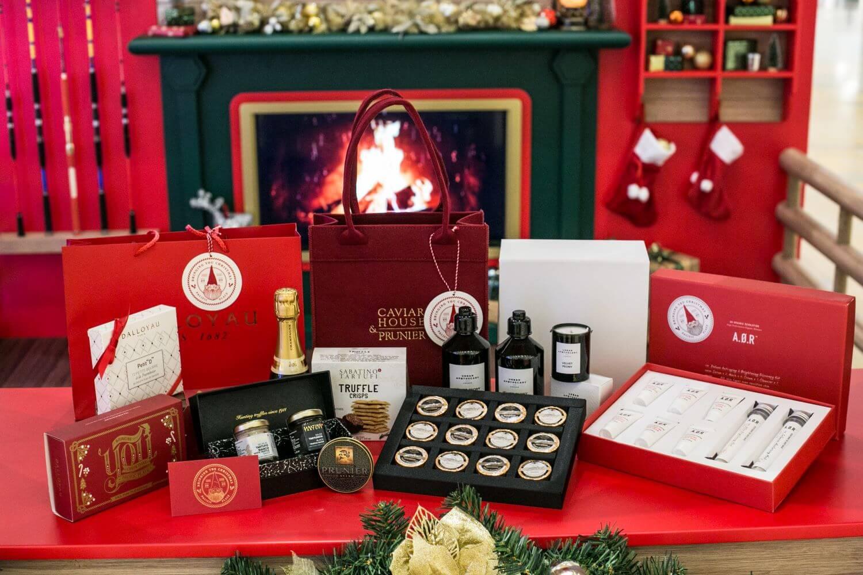 在活動期間,到太古廣場購物消費滿指定金額,可獲享豐富購物禮遇並參加抽獎,有機會贏取各大品牌的豐富禮品。