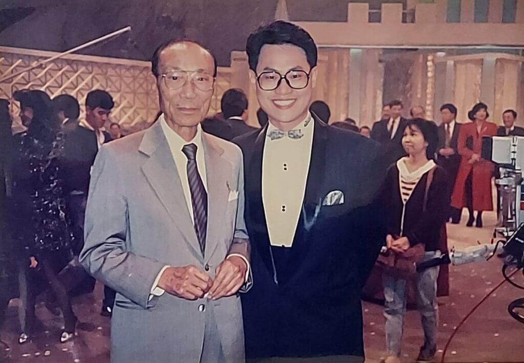 無綫台慶的焦點是六叔邵逸夫,原來鄧英敏的生日與台慶相差只有一日。