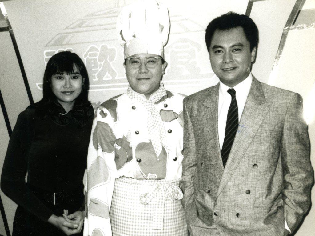 在亞視的年代,與葉玉卿、劉志榮一起做過綜藝節目。