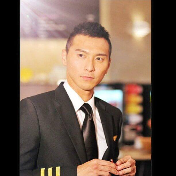 延續《衝上雲霄》,黃子恆九年後在《衝上雲霄II》演高級副機長。