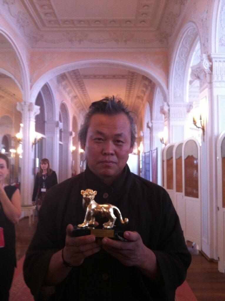 金基德在一二年憑《聖殤》奪得威尼斯影展金獅獎