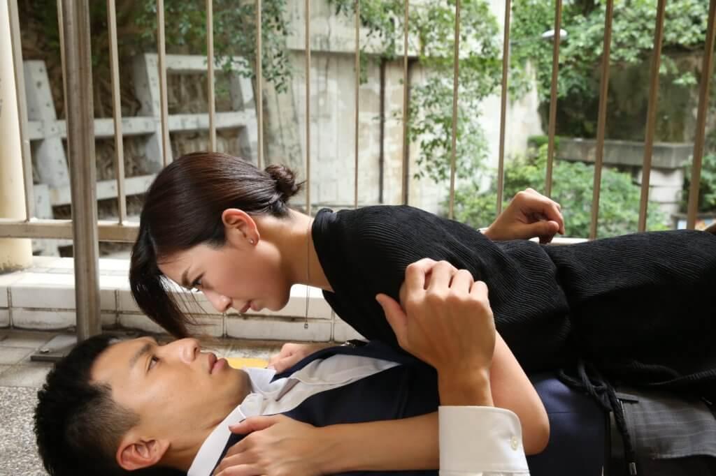 黃智雯一八年在《三個女一個「因」》飾演一個多重人格的角色,劇中一人分飾三角,演技獲觀眾激讚,更被封為民間視后。