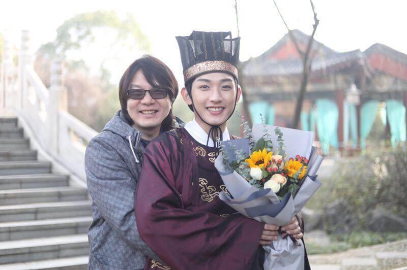 王智騫在大陸劇《手可摘星辰》飾演小太監小英子,是一名可愛又搞笑的小暖男,台灣導演羅致中亦對他照顧有加。