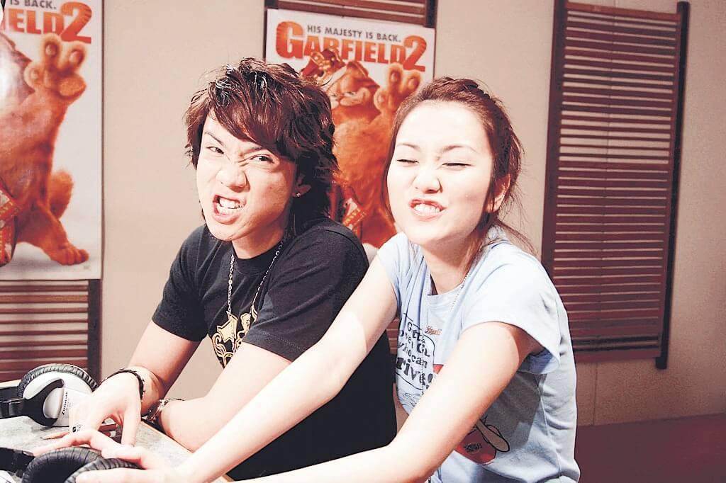 張繼聰、謝安琪差不多同期出道,曾經是青春歌手。