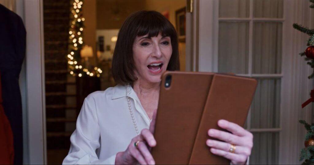 夏芭母親希望有個形象完美的家庭,但求令丈夫能獲選市長。