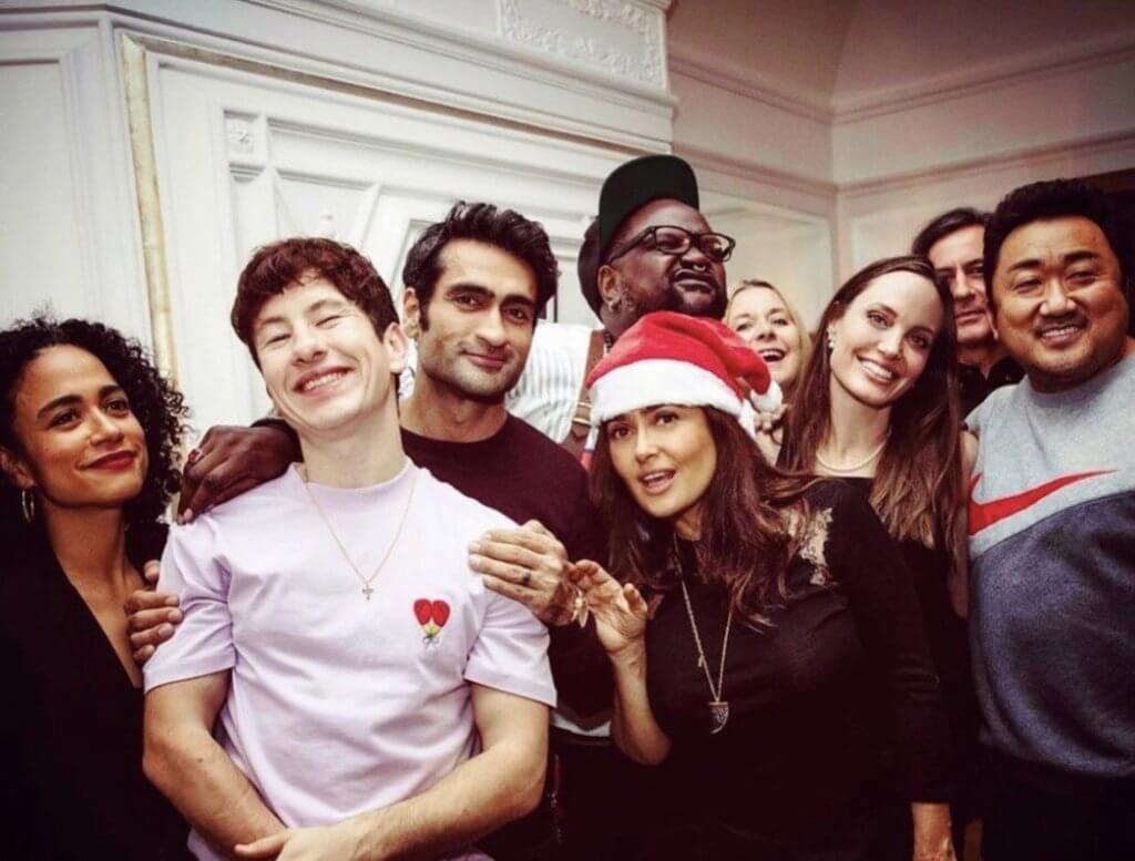 馬東石在倫敦拍攝《永恆族》時,與一眾演員一同過聖誕。