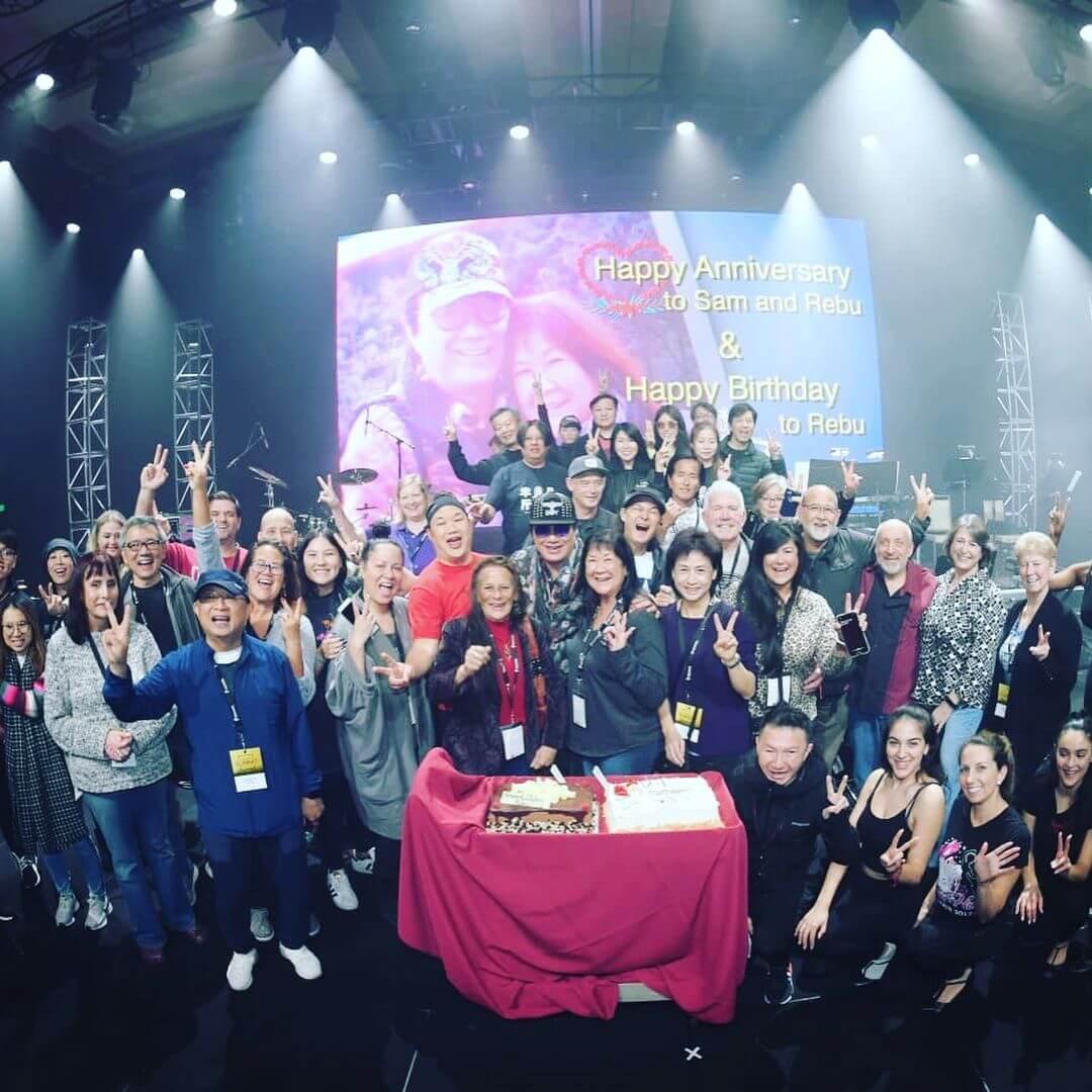 許冠傑於2019年底在美國舉行演唱會,順道為老婆慶生。