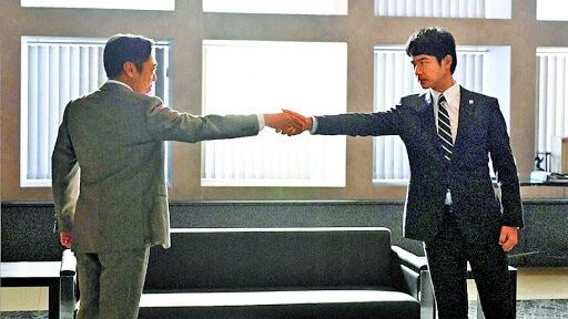 國民英雄半澤直樹與舊敵大和田合作的《半澤直樹2》,成為近年日劇收視王。