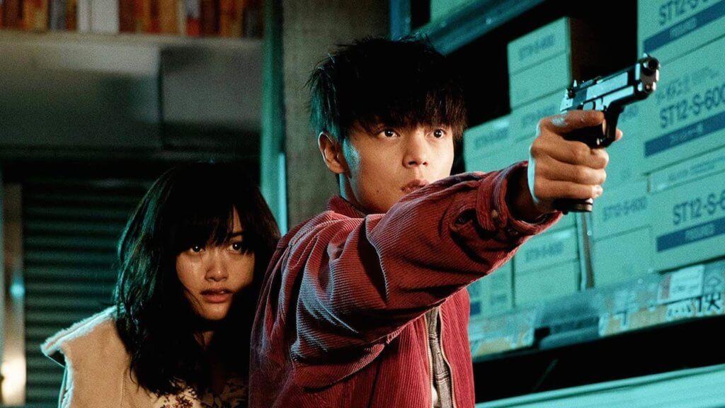 三池崇史初次拍攝愛情片《初戀》,成功大玩暴力加純愛元素。