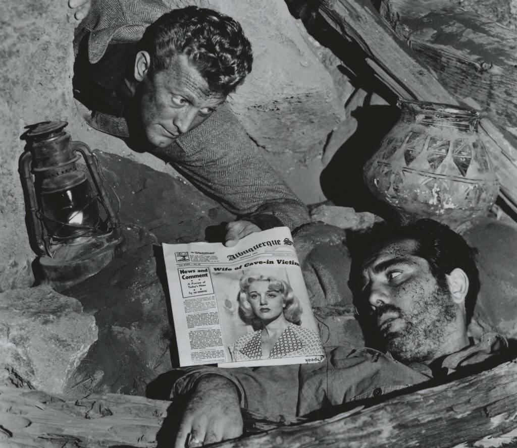 卻德格拉斯主演的《生葬古坵墳》,編導演及攝影各方面均大放異彩。