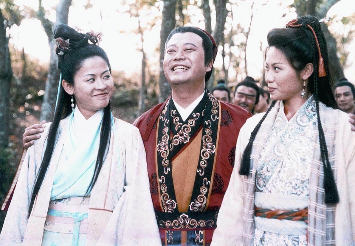 歐陽震華於1999年與宣萱、陳妙瑛合作《洗冤錄》