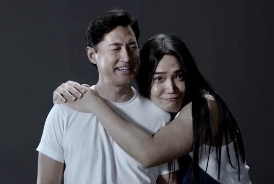 黃建東和王敏德的洗頭水廣告很受歡迎,他說是二次創作為他帶來的賺錢機會。